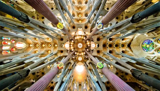Antoni Gaudì, le volte della Sagrada Familia.