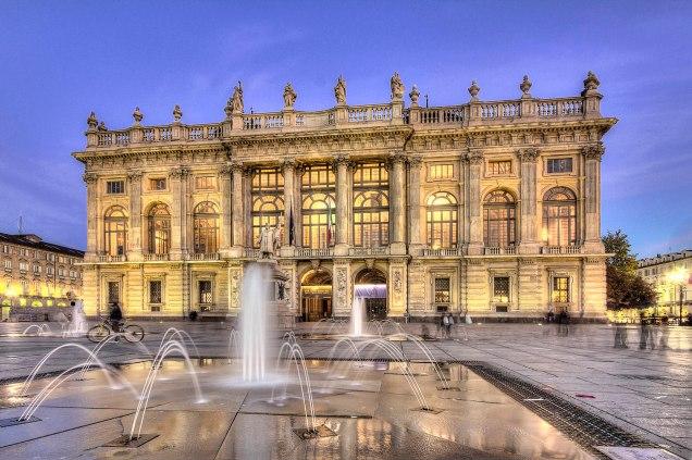 La facciata barocca di Palazzo Madama, Torino.