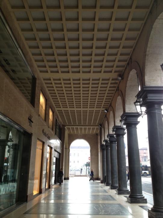 via-roma-torino-portici