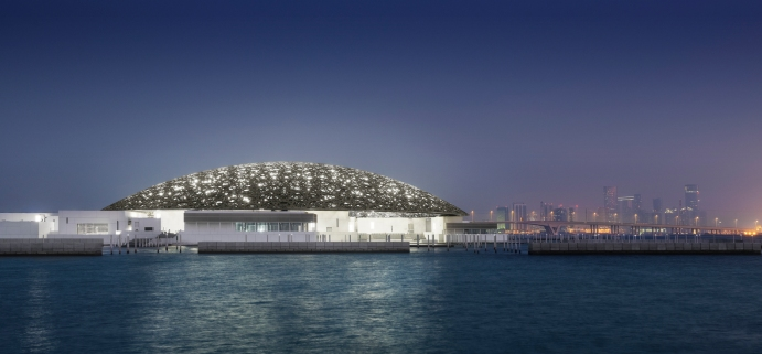 Louvre di Abu Dhabi, © Photography Mohamed Somji, Ateliers Jean Nouvel. Reperita su: https://www.archdaily.com/883157/louvre-abu-dhabi-atelier-jean-nouvel