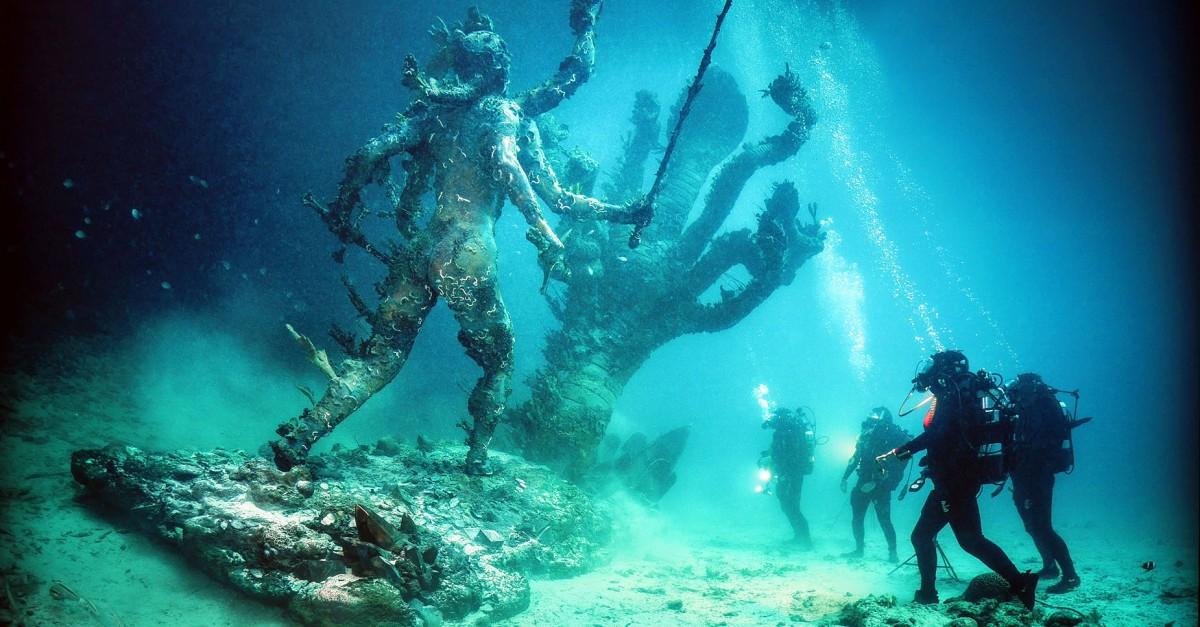 Damien Hirst a Venezia: cosa viene alla luce dopo un mitico e colossale naufragio?