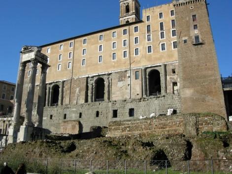 L'attuale Palazzo dei Senatori sui resti del Tabularium