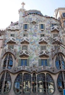 Antoni Gaudì Casa Battlò esterno img