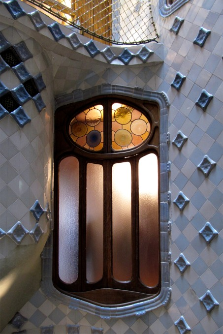 Antoni Gaudì Casa Battlò interno img