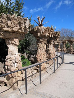Antoni Gaudì Parc Güell archi percorsi img