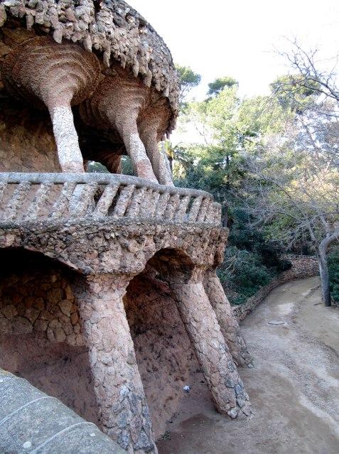 Antoni Gaudì Parc Güell percorsi archi img