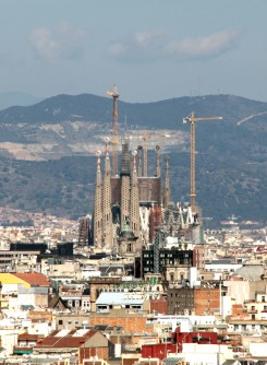 Antoni Gaudì Sagrada Familia img