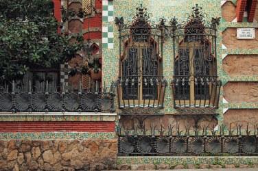 Antoni Gaudì, Casa Vicens - https://commons.wikimedia.org/wiki/File:Casa_Vicens_(detalle_3).jpg