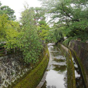 giappone_takayama_temple_path7