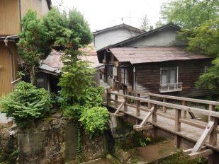 giappone_takayama_temple_path4